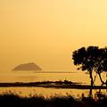 夕刻の竹生島