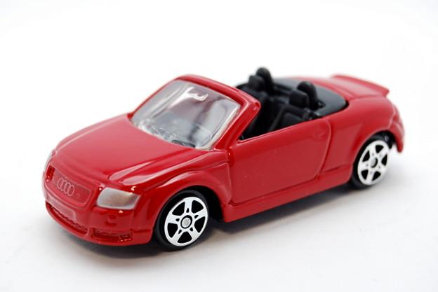 Maisto_Audi TT Roadster_001