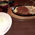 Photos: 肉の万世
