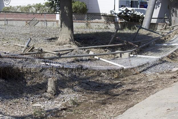 このフェンスは事故じゃないよね