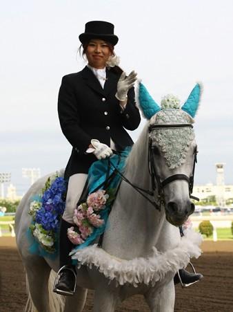 川崎競馬の誘導馬06月開催 紫陽花Ver-120613-04