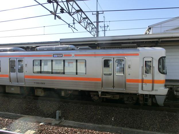 313系1300番台の優先座席シール-01