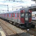九条駅に到着した近鉄3000系。