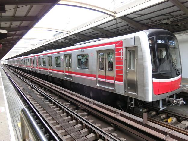 大阪市交通局:30000系(31601F)-04
