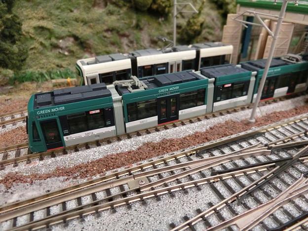 模型:GREEN MOVERとLEX-02