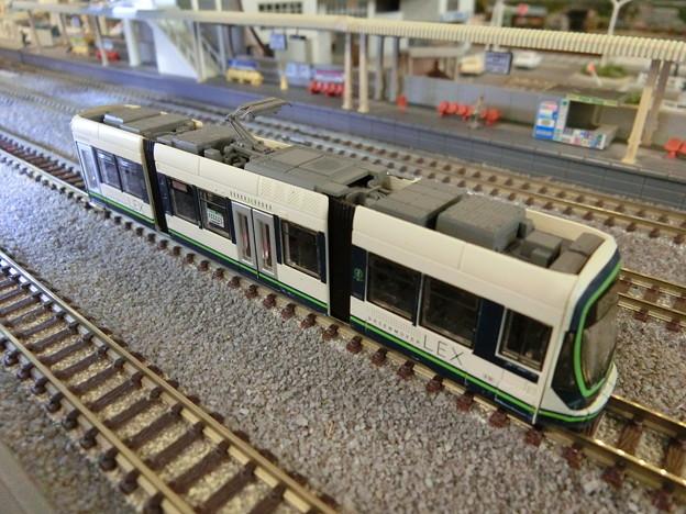 模型:GREEN MOVER LEX-09