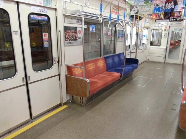 大阪市交通局:23系(車内)-04