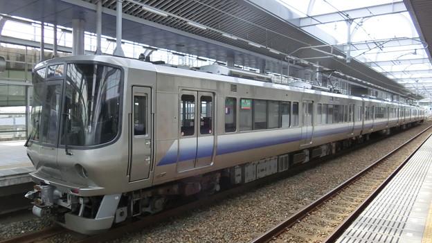JR西日本:223系(HE409)-01