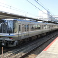 Photos: JR西日本:223系(V011・W030)-01