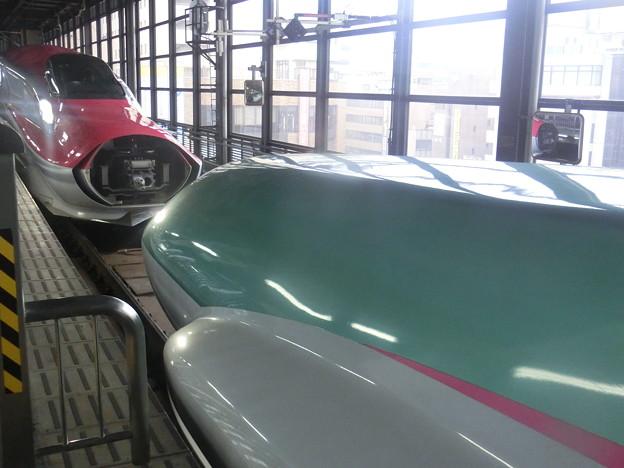 盛岡駅で連結中。