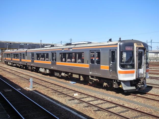 JR東海:キハ75形-02