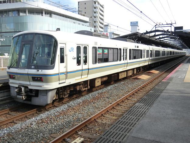 JR西日本:221系(NB806)-02