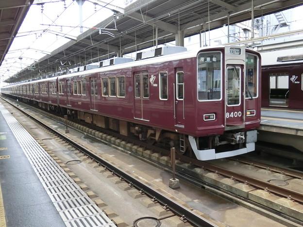 阪急:8300系(8300F)-01
