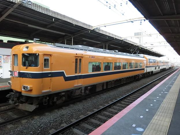 近鉄:30000系(30204F)-01