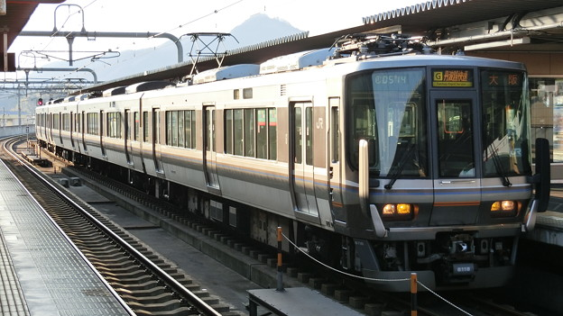JR西日本:223系(MA15)-01