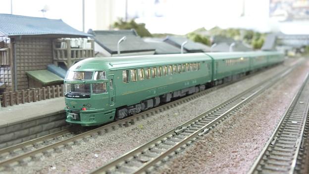 Photos: 模型:JR九州キハ72系-02