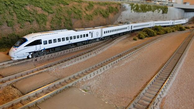 模型:JR九州885系-02