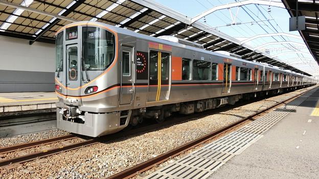 JR西日本:323系(LS01)-02
