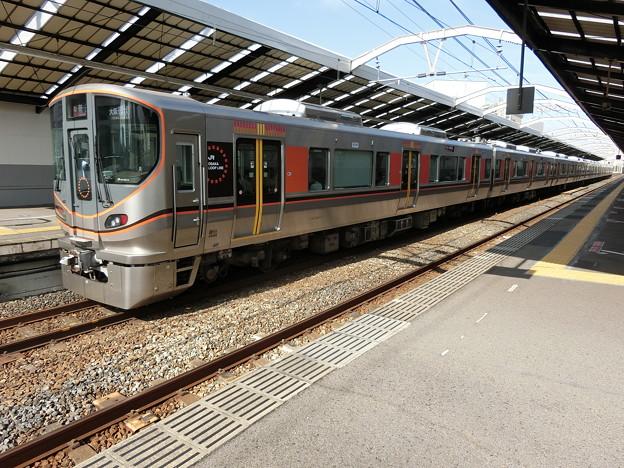 JR西日本:323系(LS03)-02