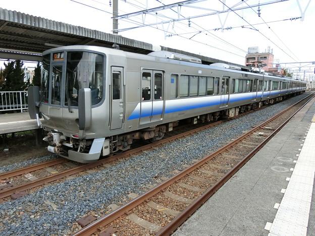 写真: JR西日本:223系0番台(HE412)-01