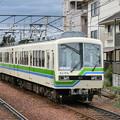 Photos: 叡電:デオ810形-01