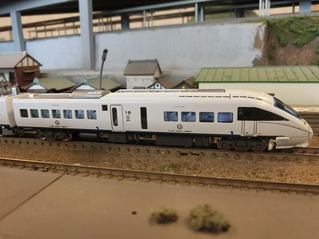 模型:クロハ884-9(その1)