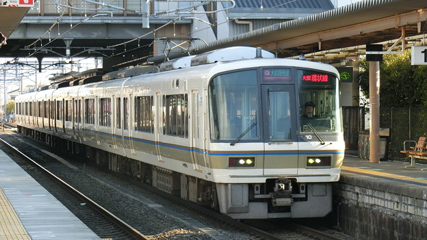 JR西日本:221系(NC603)-03