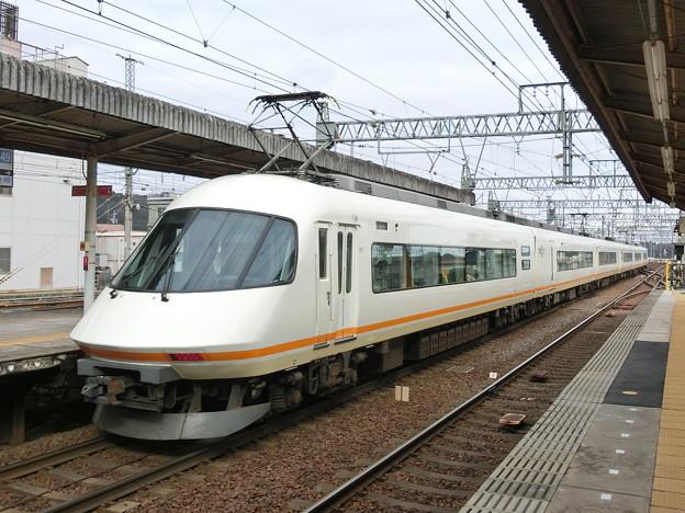 近鉄:21000系(21104F)-01