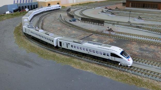 模型:JR九州885系-05