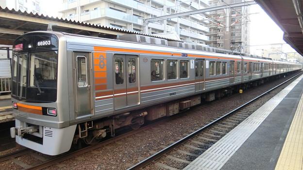 大阪市交通局:66系(66603F)-03