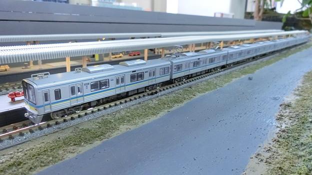 模型:千葉ニュータウン鉄道9800形-01