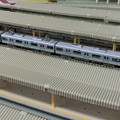 写真: 駅に停車中の9800形
