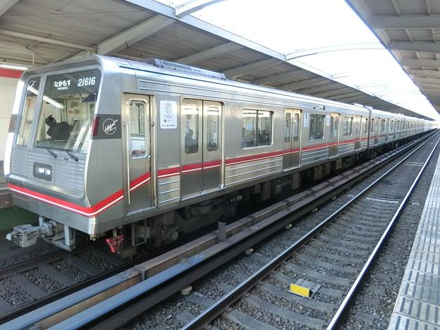 大阪メトロ:21系(21616F)-01