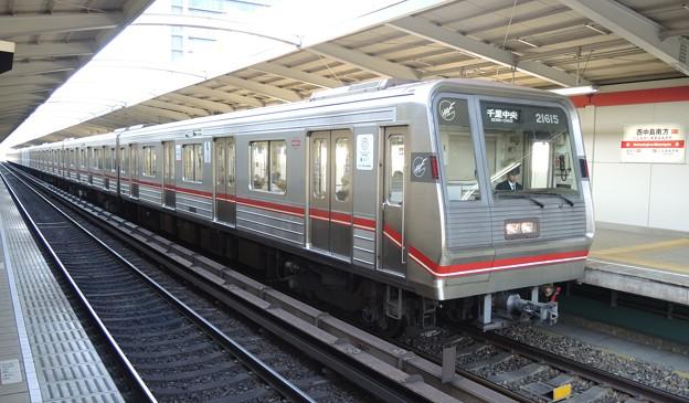 大阪メトロ:21系(21615F)-01