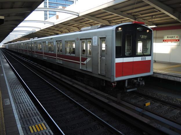 大阪メトロ:10系(1111F)-01