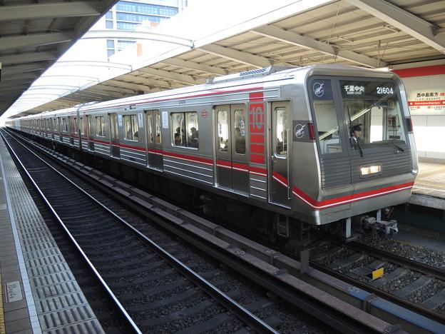 大阪メトロ:21系(21604F)-01