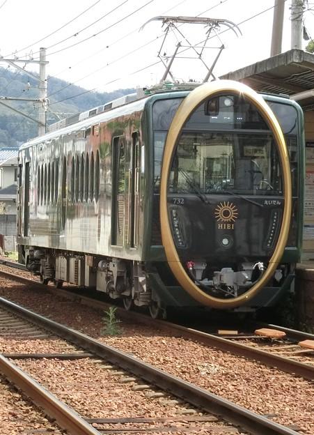 叡電:デオ730形-01