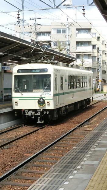 叡電:デオ710形-01