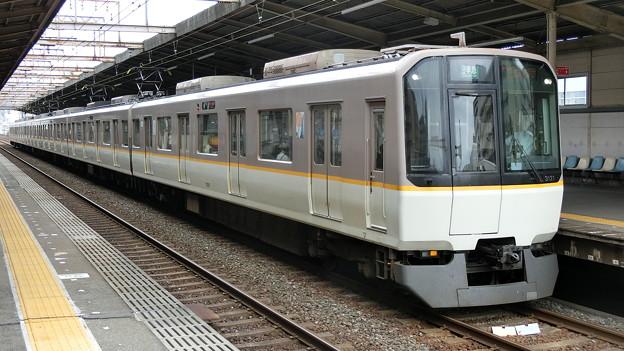 写真: 近鉄:3220系(3721F)-07