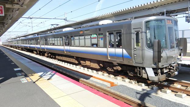 JR西日本:223系(HE414)・225系(HF407)-01