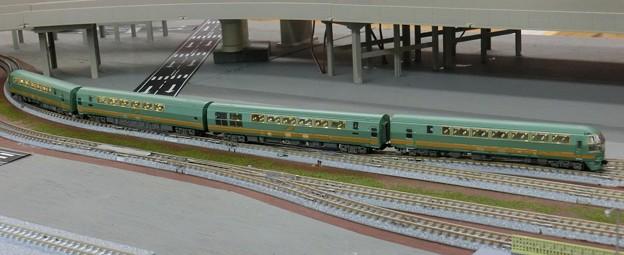 模型:JR九州キハ71系-01