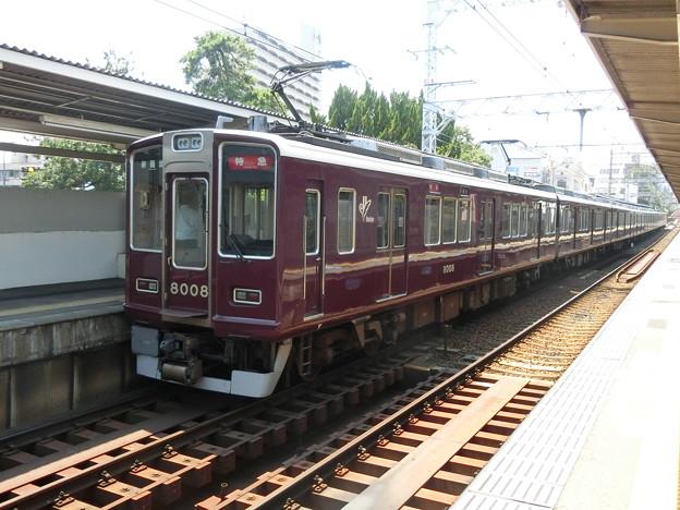 阪急:8000系(8000F)-02