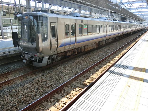 JR西日本:223系(HE412)-02