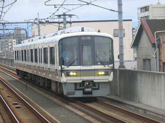JR西日本:221系(NA407)-02