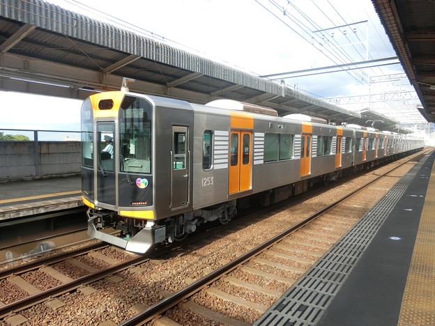 Photos: 阪神:1000系(1203F)-03