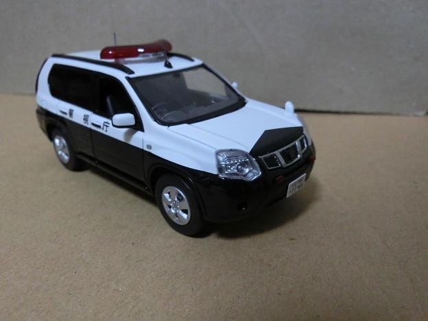 1/43警察車両:日産エクストレイル 20S(T31) 警視庁所轄署山岳警ら車両-02
