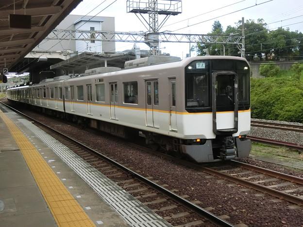 写真: 近鉄:5820系(5751F)-03