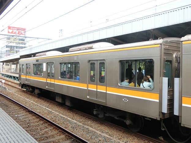 阪神:9210