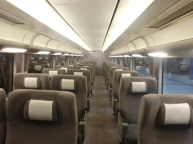JR西日本:281系(車内)-01