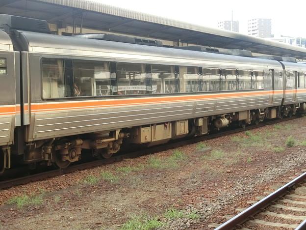 JR東海:キハ84-10